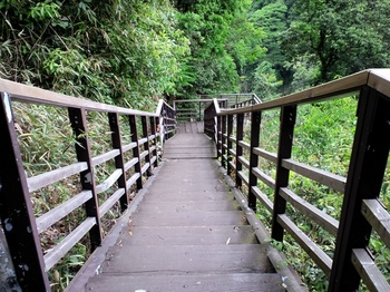下城の滝遊歩道.JPG